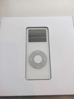 Apple iPod nano white 2gb