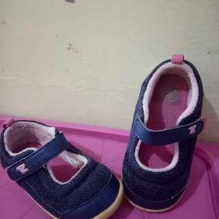 Preloved toddler shoes