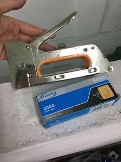 Board Stapler