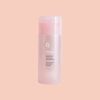 GLOSSIER Solution (exfoliating skin perfector)