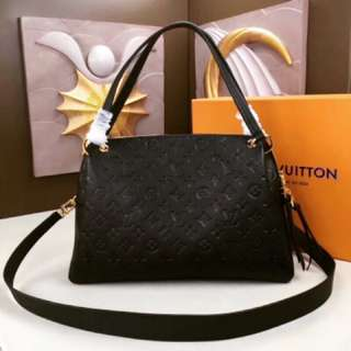 LV包包(最新款M43719黑色肩背手提包「認明Yuanroro優質賣場; 一直被模仿,從未被超越」壓花款