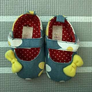 Baby Shoes (3 months ++) size 1