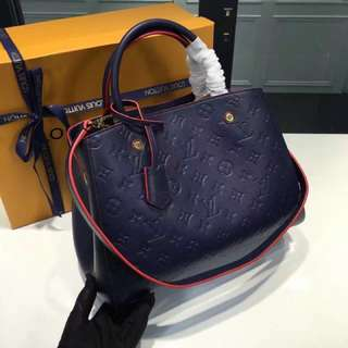 LV包包(新款 壓花)M42746;紅色內裏呦!手提包,附背帶可以斜挎斜背「認明Yuanroro優質賣場」