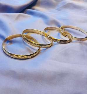 Bangles (does not tarnish)
