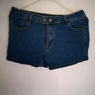 牛仔短褲 /size M