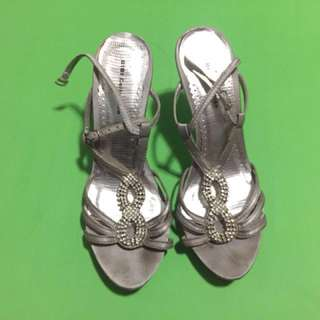 GIBI Silver Heels ❗️REPRICED ❗️