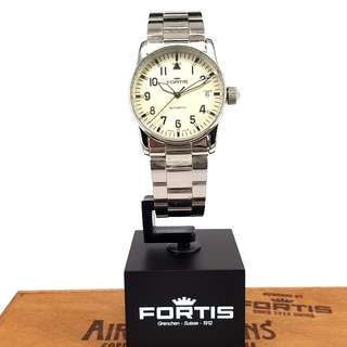 FORTIS PILOT AUTOMATIC DATE