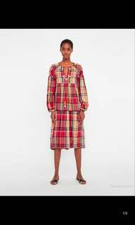 🚚 Europe and the United States Plaid embroidered dress