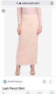 LOOKING FOR lubna lash skirt xs