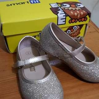Sepatu Flat Glitter warna Gold