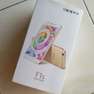 Oppo F1s Pink