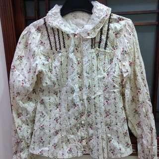 歐式宮廷風花花蕾絲襯衫--米色