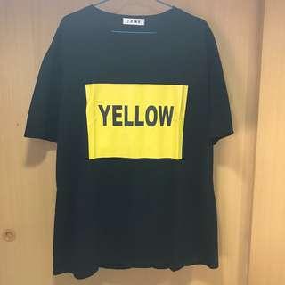 上衣|胸前Yellow印花黑色T恤