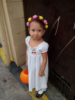 Dress for 4 to 6 years old petite wear only once , take all  for ₱700 meetup only makati