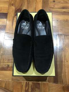 7 Pabder Black Suede Loafers