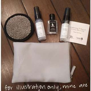 LIMITED EDITION Singapore Airlines / The Laundress Amenities Kit (Suites/First/Biz class)