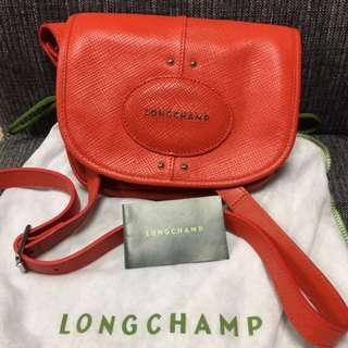 Longchamp真皮肩背包