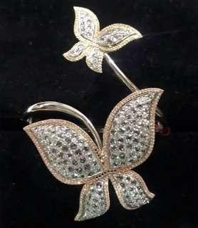 Butterfly Design Bracelet Studded with Diamonds