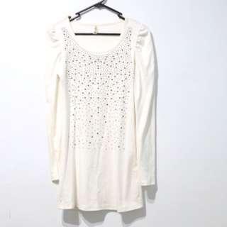 🚚 白長袖棉質上衣