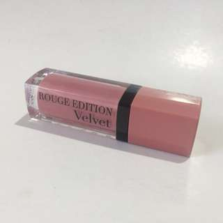 Bourjois Rouge Edition Velvet in No. 10