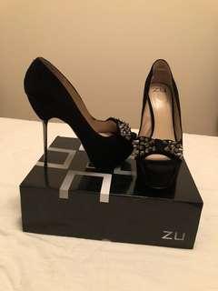 Zu Shoes - Black leather platform heels