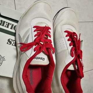 Preloved Original Reebok Rubber Shoes