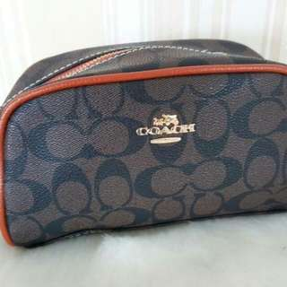 LFA ACCESSORIES: Coach pouch bag/makeup bag 20cm x 12cm x 6cm