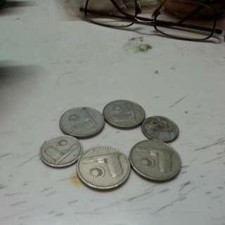 Vintage ceiling 1973 20 cent (4) 10cent(2)