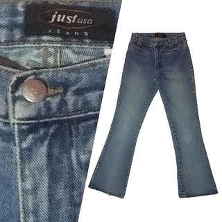 High-waisted Bootleg Jeans