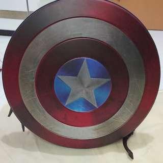 限量版美國隊長盾形背囊