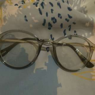 Kacamata ame[]e