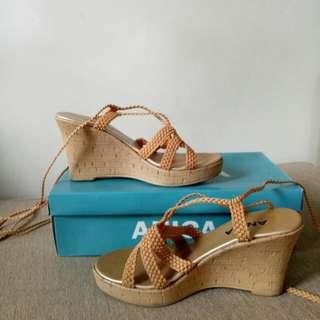 Anica Heels (Size 5)
