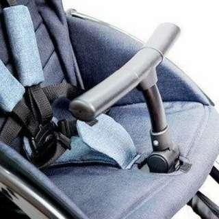 Compact stroller prelove