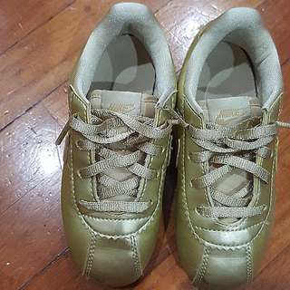 Nike boy's sneakers lace up Shoes