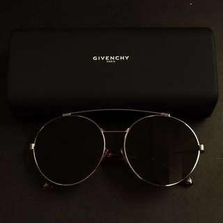全新 Givenchy 太陽眼鏡