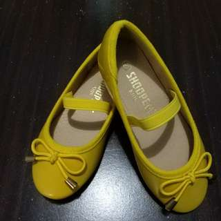 Doll Shoes (2 pairs)