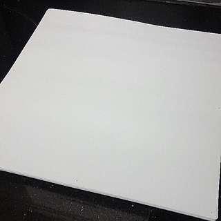 白色繪畫台面塑膠底板(400mm x 400mm x 3mm)