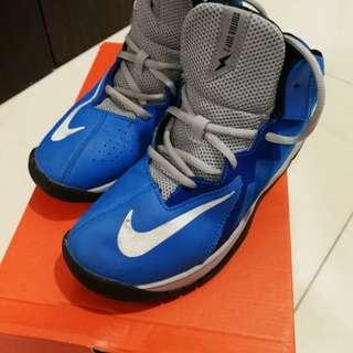 Nike kids sports