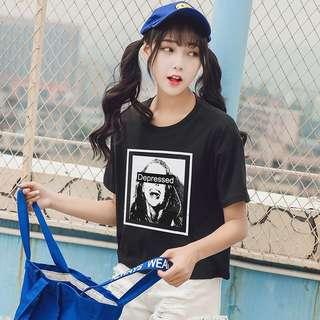 🚚 現貨~黑白人像框短T 大學T 短袖上衣 短袖T恤(黑色/白色)