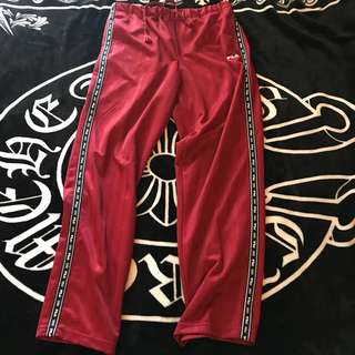 古著 日本 FILA 電繡LOGO 串標 線條 緞面 舒適 休閒褲 運動褲