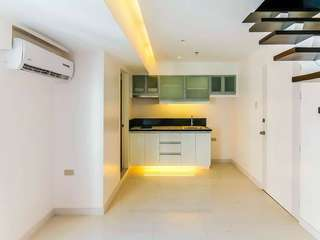 AFFORDABLE AND HIGHEST QUALITY CONDOMINIUM AT MAKATI (VICTORIA DE MAKATI}