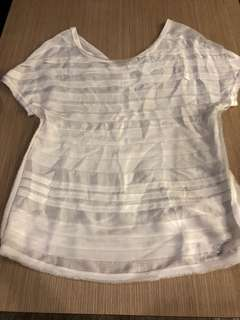 Chanel 白色真絲上衣尺寸36