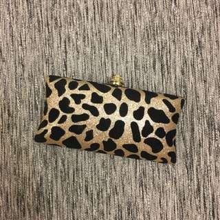 (Sales) NEW Leopard Print Purse