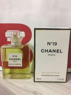Chanel N19 香水