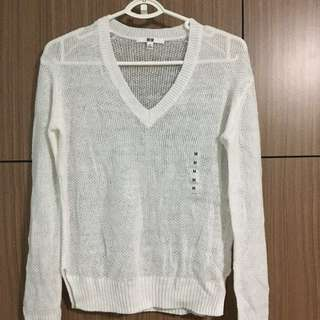 White Knitted Pullover Uniqlo