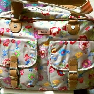 類旅行包【Oilily  側背包】
