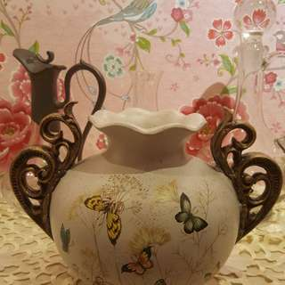 Porcelain Butterfly Europe Style Vase