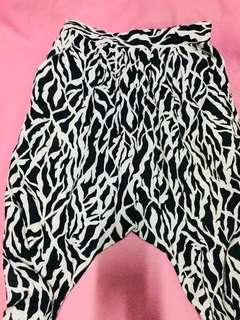 F21 Harlem pants