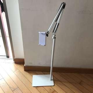 iPad air2落地支架,白色方形地盤,1.4米折疊臂落地支架(元朗西鐵站有得平)