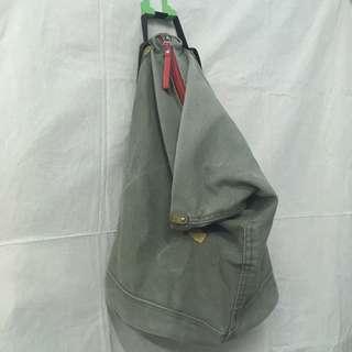 中性軍綠色帆布大容量雙肩後背包 包包
